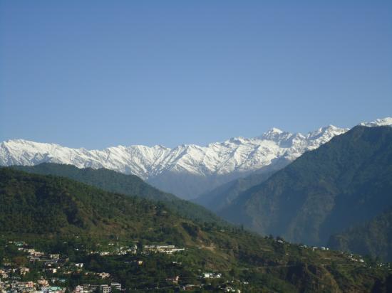 le Chaukambha (6800m)